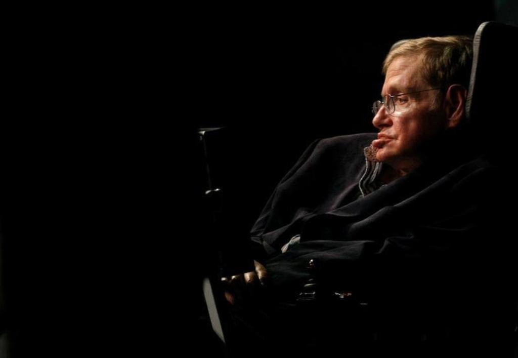 صورة وفاة عالم الفيزياء الشهير ستيفن هوكينج