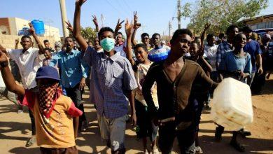 صورة السكان في مسقط رأس البشير ينقسمون بين مؤيد ومعارض للاحتجاجات في السودان
