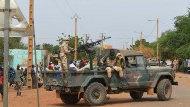 صورة مقتل سبعة أشخاص في هجوم على نقطة تفتيش في مالي