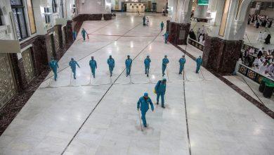 صورة السعودية تعلق الصلاة في المساجد باستثناء الحرمين بسبب كورونا